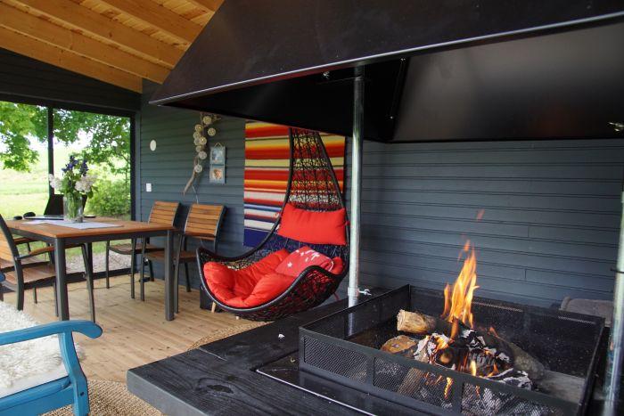 Huone1 moderni grillikatos kesäkeittiö